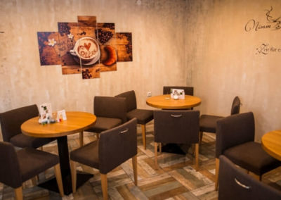 Kleines Cafe Wieseth Räumlichkeiten