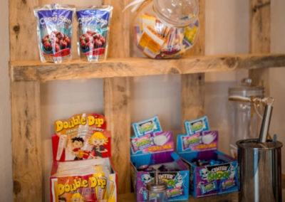 Kleines Cafe Wieseth Süßigkeiten